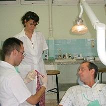 20151110162851-estomatologa1.jpg