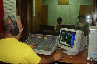20120702151506-radio-transmite.jpg