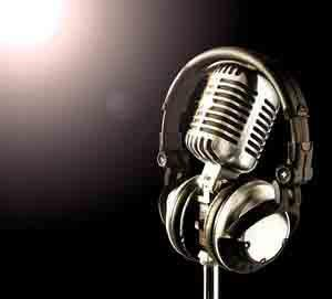 20120821133405-microfono.jpg