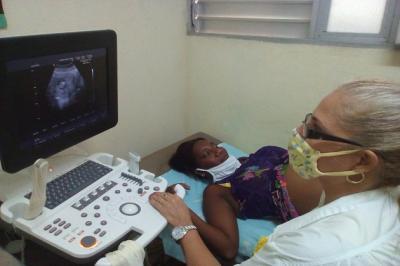 20200810123837-embarazada-ultrasonido.jpg