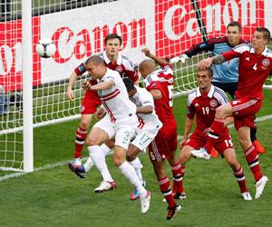 Pepe anotó el primer gol del choque. Foto: Reuters.