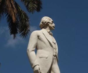 Estatua de Carlos Manuel de Céspedes en la Plaza de Armas, de La Habana.