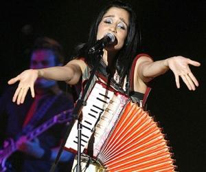 julieta-venegas