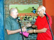 El Premio Pablo fue entregado al proyecto trovadoresco santaclareño La Trovuntivitis.