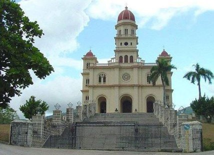 iglesia-de-la-virgen-de-la-caridad-del-cobre